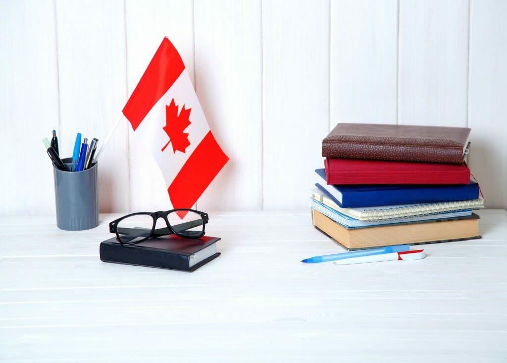 3 أسهل طرق للهجرة إلى كندا 2021